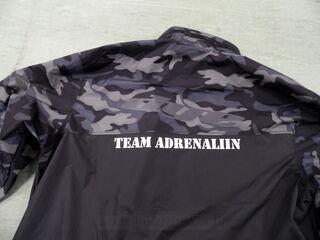 TEAM ADRENALIIN takki omalla painatuksella