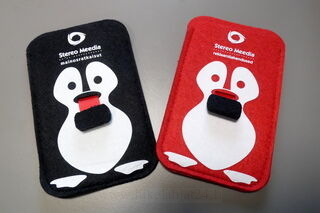 Värilliset kännykälaukkut