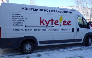 Mainosteipattu auto Kyte