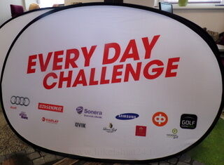 Ovaalne Softbänner Every day challenge