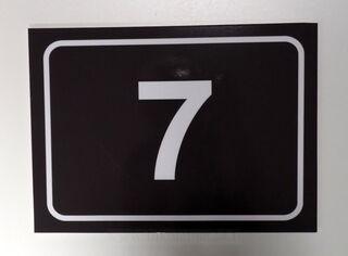 5 mm PVC numerokyltti tarralla