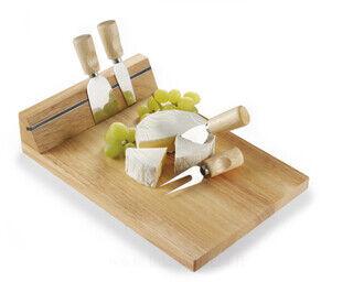Puinen juustotarjotin